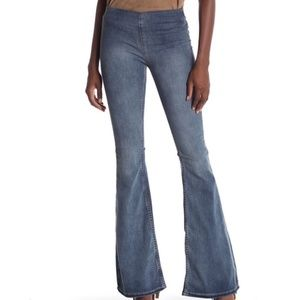 Free People Penny Pull-up Super Flare Jeans Sz 31R